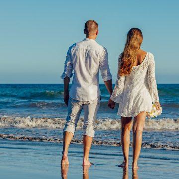 Ventajas y desventajas de una pareja con Acuario